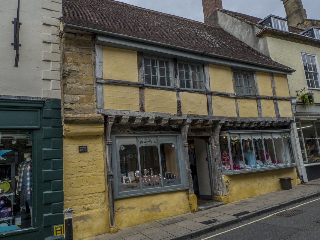 36   38 Cheap Street in Sherborne, Dorest 6250317
