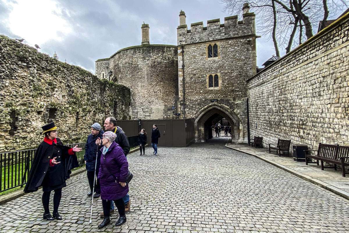 A Tour of the Tower of London 4026