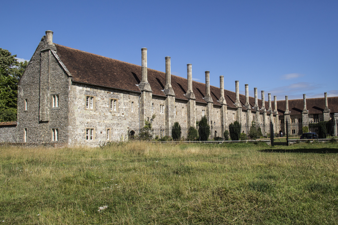 Alsmshouse of Noble Poverty at Saint Cross in Winchester, Hampshire, England 2332