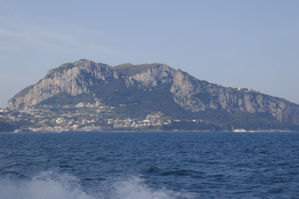 Approaching the isalnd of Capri