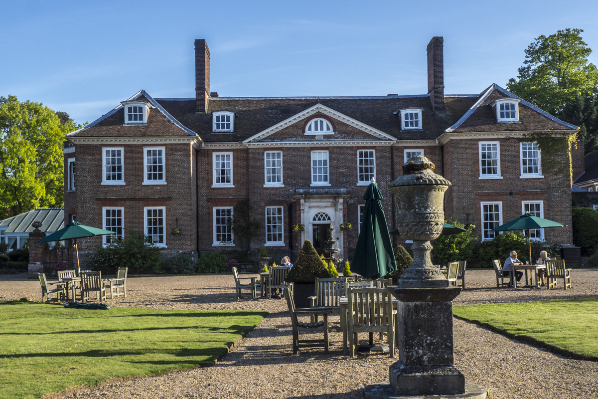 Chilston Manor near Maidstone, Kent    5151810