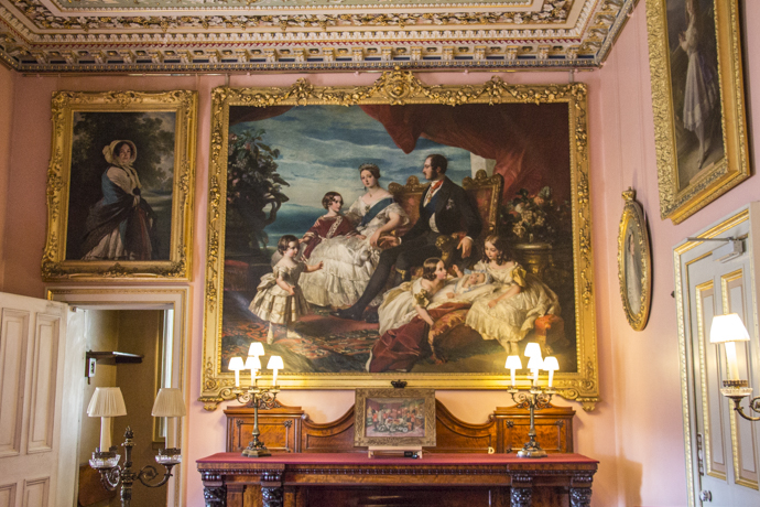 Family portrait in the dining room of osborne house osborne isle of wight hampshire england 9543