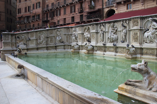 Fonte Gaia fountainin Piazza del Campo in Siena, Tuscany in Italy