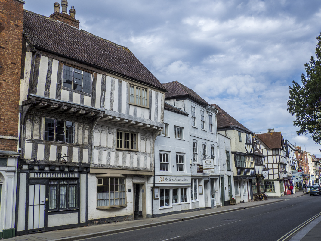 Historic Houses in Tewkesbury, Gloucestershire  030182