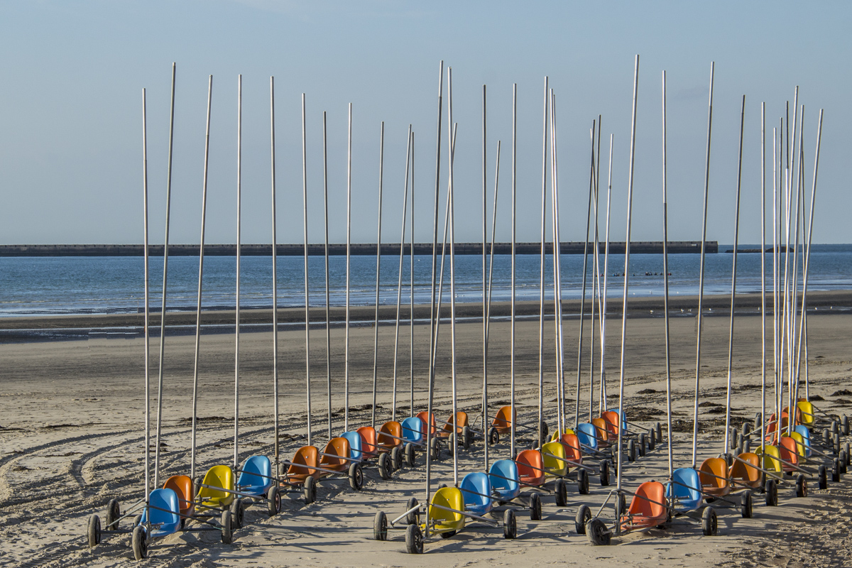 Land yachts on the beach at Boulogne sur Mer, France 0056