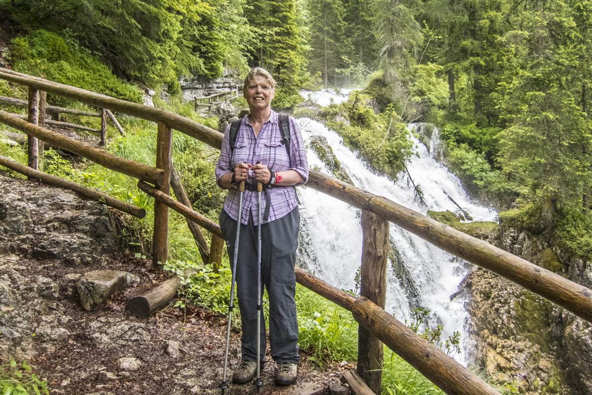 Leading a Walking Holiday in the Italian Dolomites Ten Weeks After Total Knee Replacements