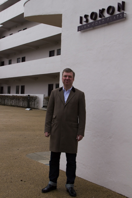 Magnus Englund outside the Isokon Building Hampstead London-4
