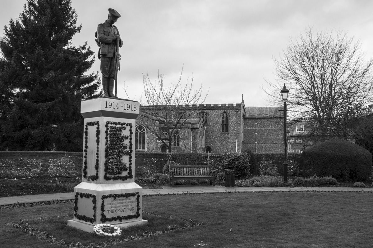 Memorial to the Great War in Old Amersham  0014