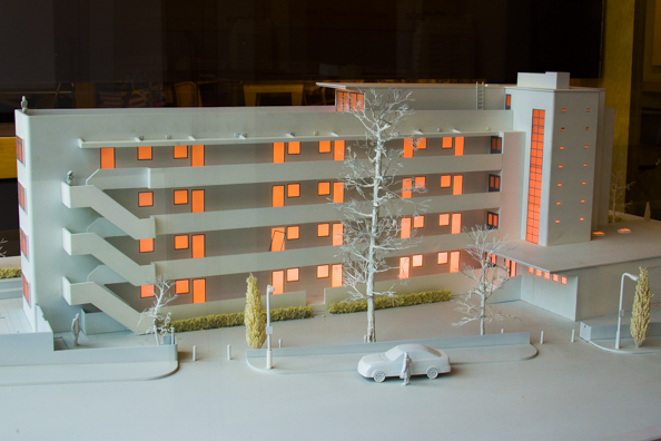 Model of the Isokon Building Hampstead London-8