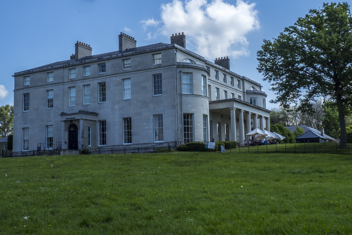 Mote House in Mote Park, Maidstone in Kent    5151652