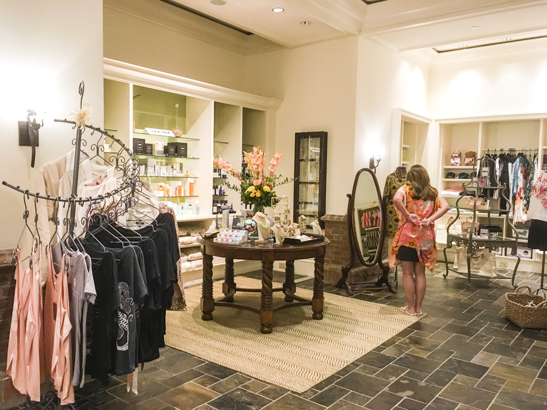 Reception Area and Shop at the Spa in The Sanctuary at the Kiawah Island Golf Resort    0474