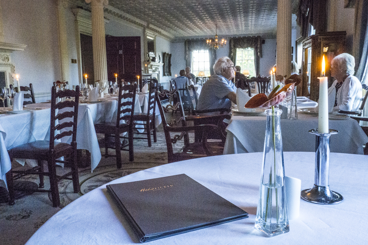 Restaurant at Chilston Manor near Maidstone, Kent    5151832