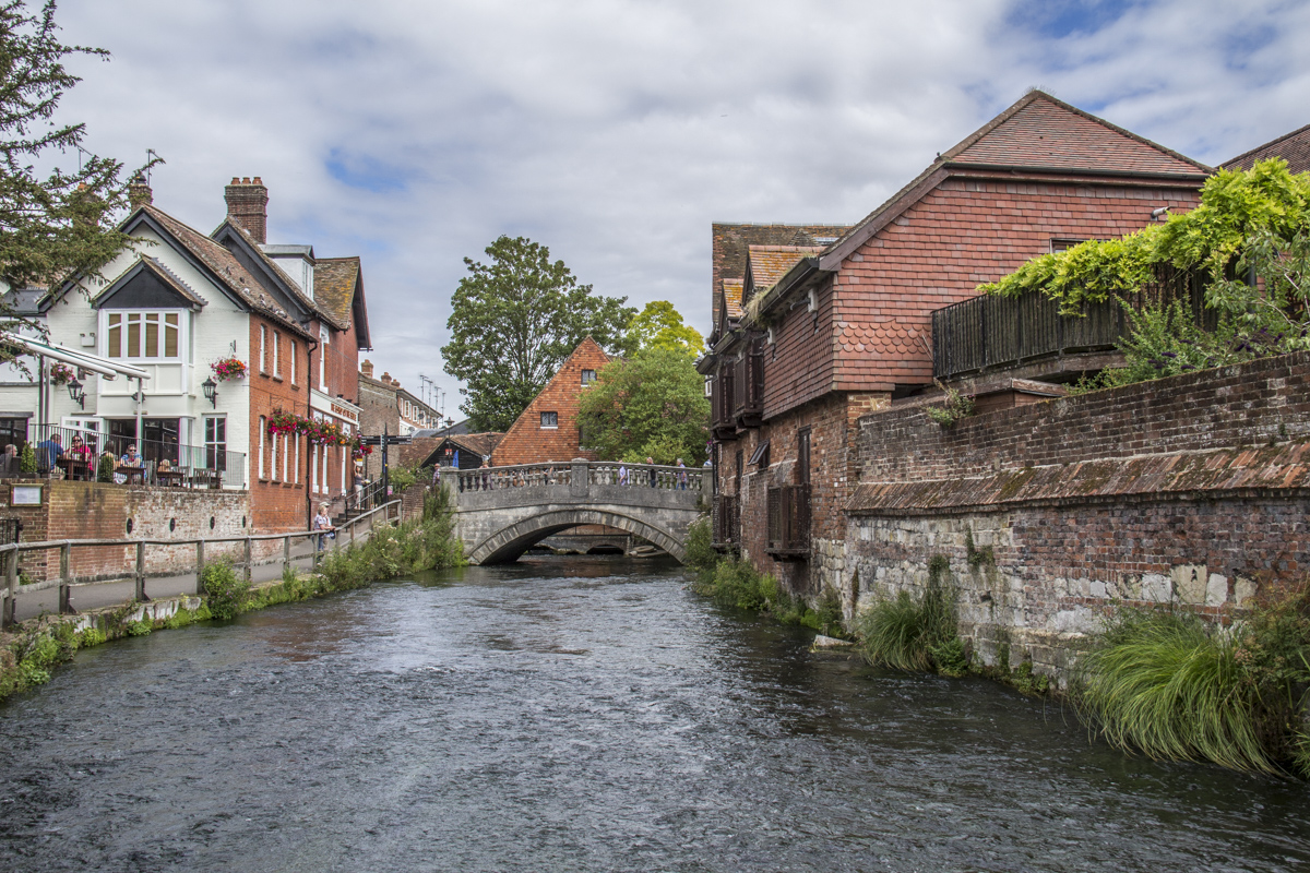 River Itchen Flowing Through Winchester, Hampshire UK 2380