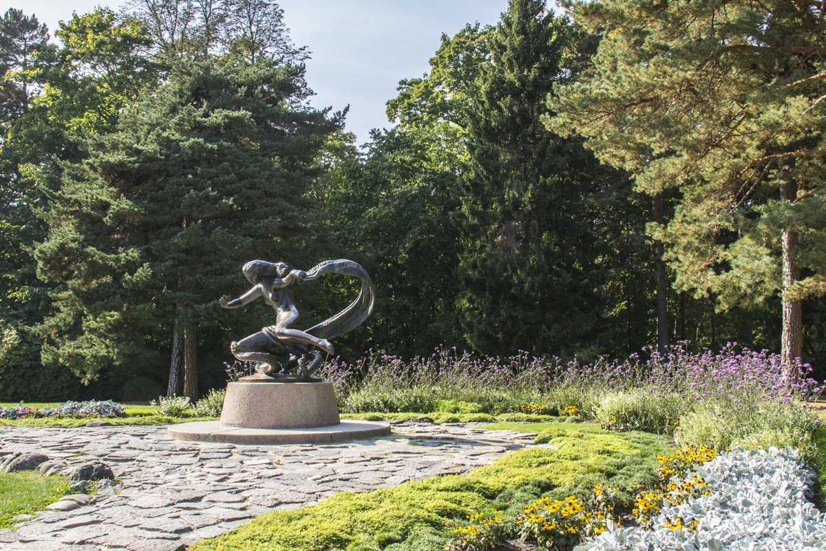 Sculpture Eglė the Queen of Serpents in Birutė Park in  Palanga, Lithuania   0135