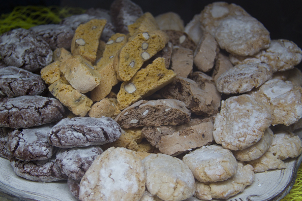 Some of the delicious sweet biscuits for which Tuscany is famous