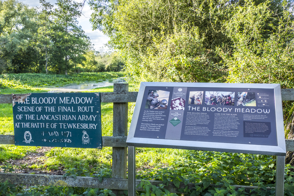The Bloody Meadon on the Battle Trail in Tewkesbury    020098