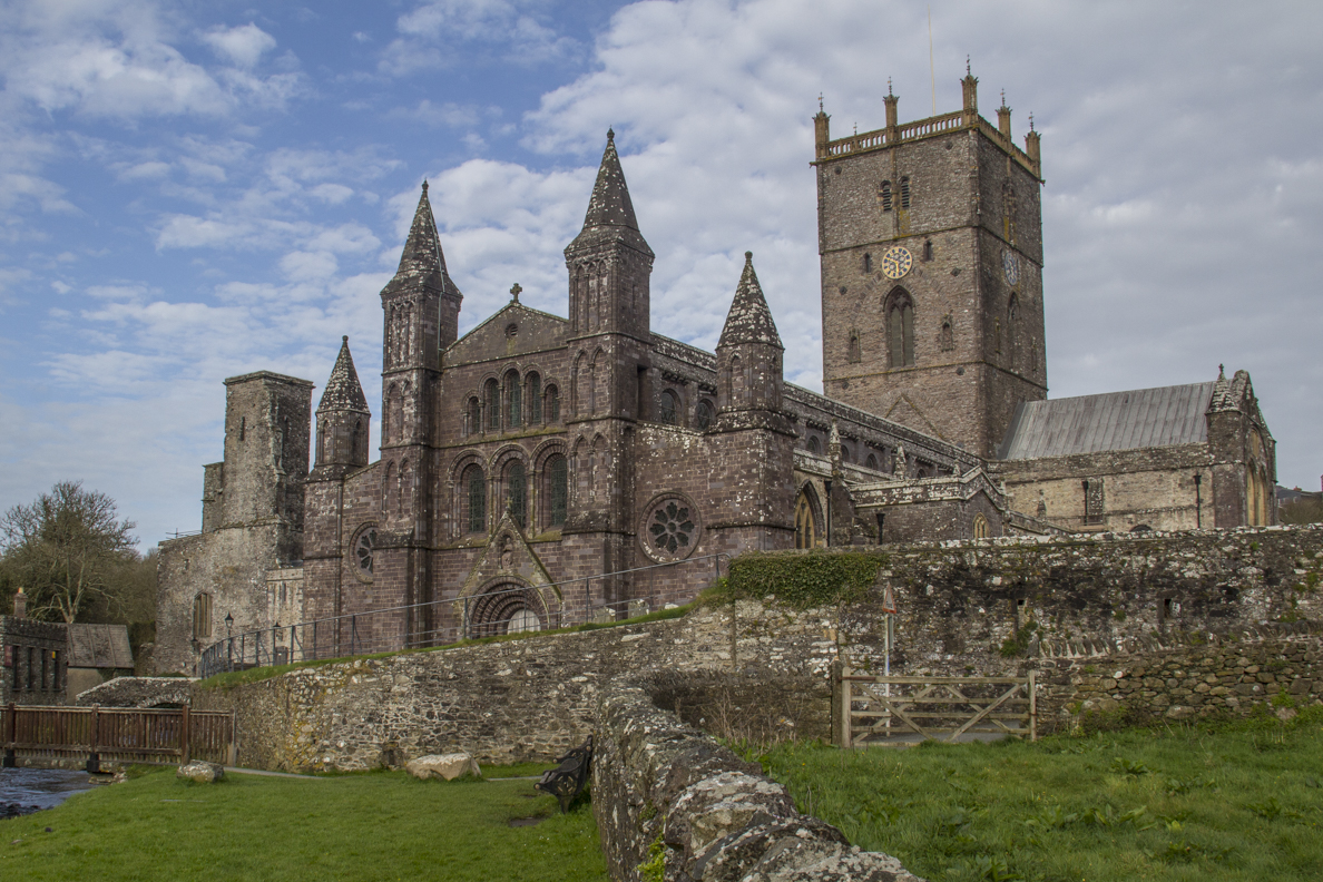 The Cathedral in St David's, Pembrokeshire in Wales    5962