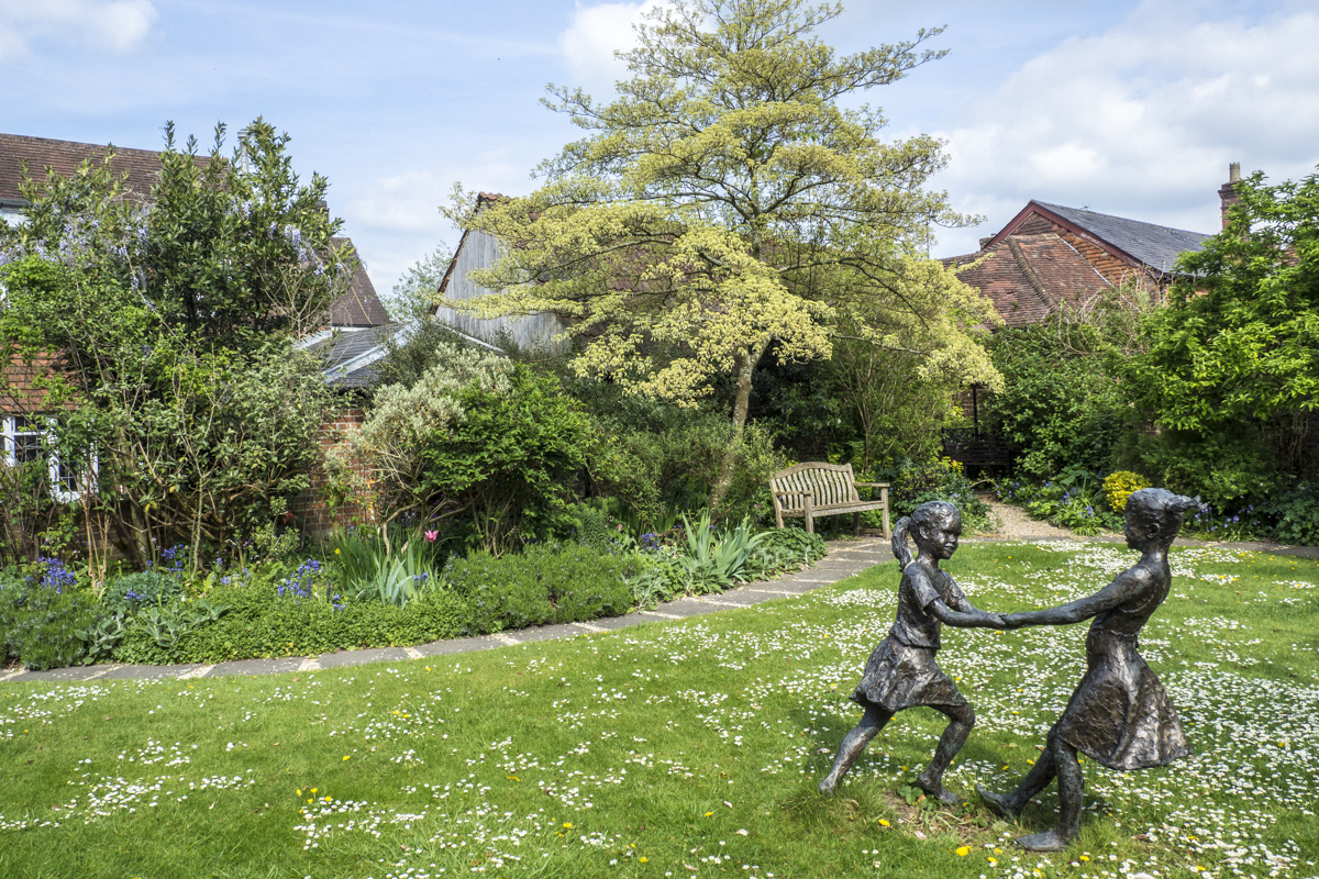The Garden at the Allen Gallery in Alton, Hampshire   4303769
