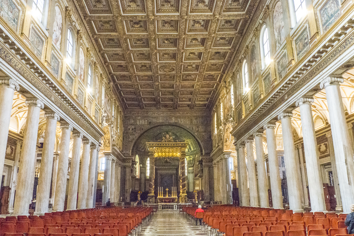 The Interior of the Church of Santa Maria Maggiore in Rome 3150545