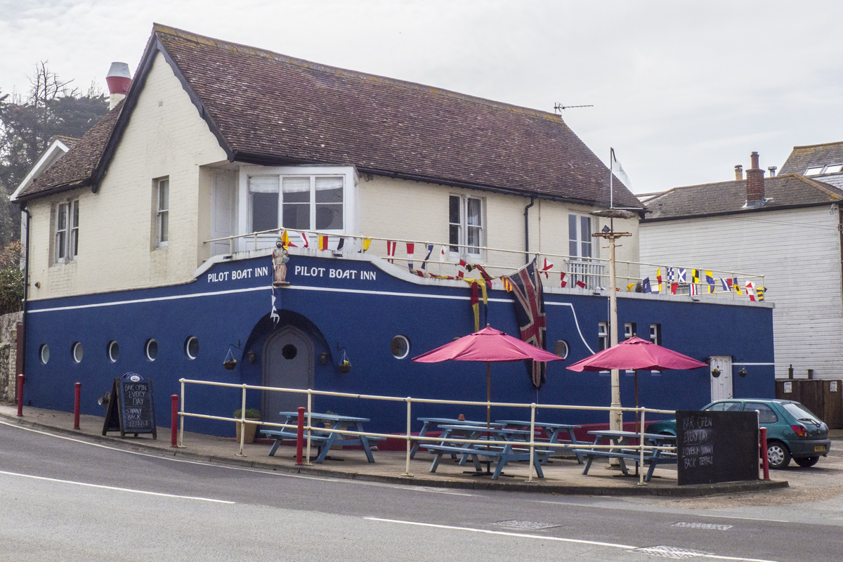 The Pilot Boat Inn in Bembridge on the Isle of Wight  4081339