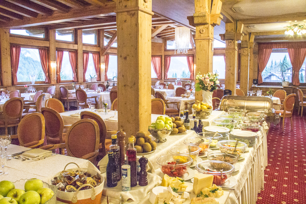 The restaurant at Hotel Lorenzetti in Madonna di Campiglio, Trentino, Italy 2236
