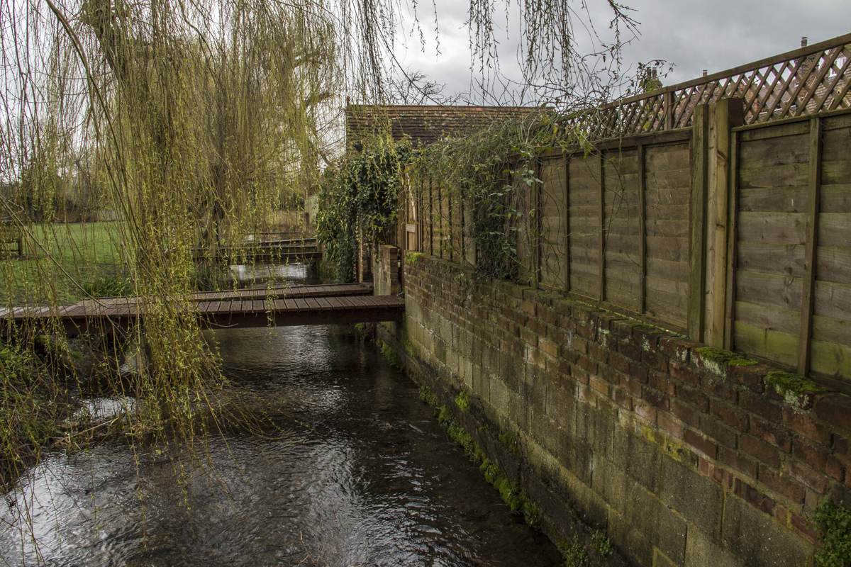 The River Misbourne at the back of the High Street in Old Amersham  0100