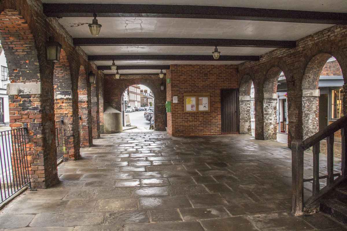 The Undercroft of the Markey Hall in Old Amersham  0068