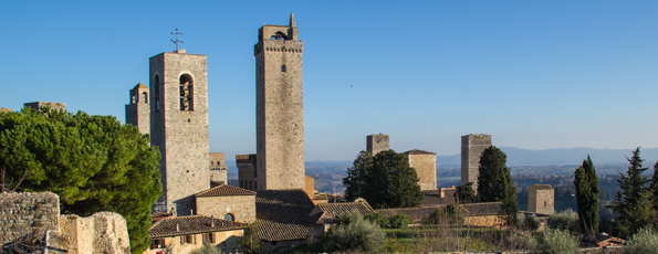 San Gimignano – breakfast with the workers, lunch with the tourists and dinner with the locals