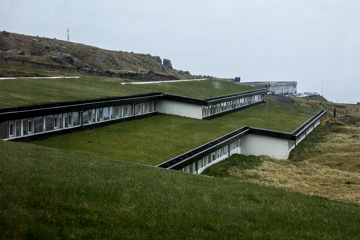 Turf roof of the Hotel Føroyar the Faroe Islands 7155